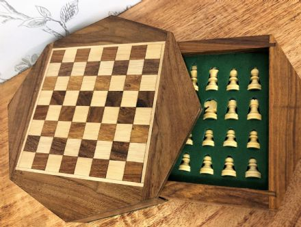 "Octagonal Sheesham Rosewood Handcrafted Magnetic 7"" Chess Set Board & Pieces"